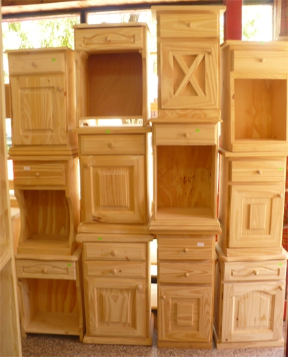 Muebles de pino natural organizador pino y mimbre por for Muebles pino natural