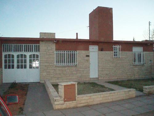 Dueño vende casa impecable en barrio soeva norte