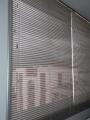 VENDO Cortinas Venecianas de aluminio microperforadas color gris plata $110 m2