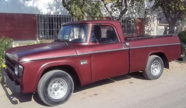 Dodge 100 diesel mod. 67 motor nisan ed 30 caja quinta