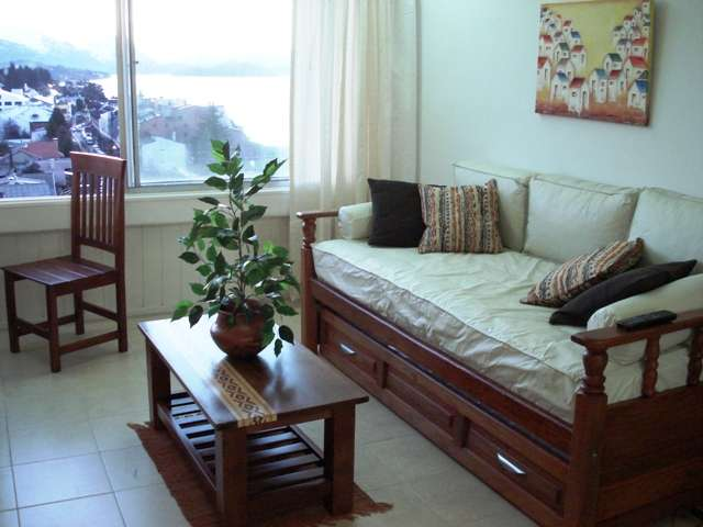 Bariloche alquiler departamento con vista al lago dueño alquila