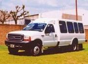 Vendo Ford F-4000 4x4 c/modulo 18 pax