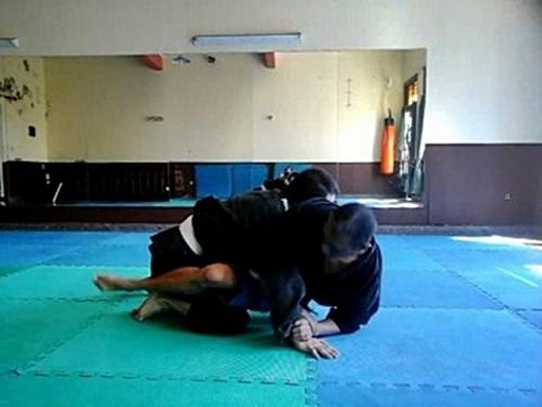Defensa personal en piso