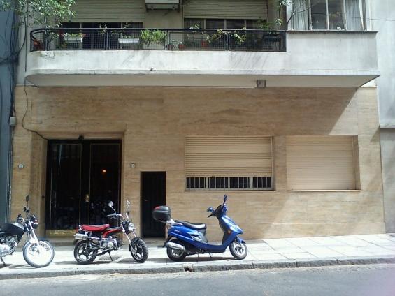 Pulido de frentes de marmol- fijacion y reposicion de placas escaleras- mesadas