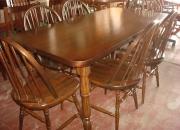 Silla Windsor estilo Ingles en madera de Guatambù asiento macizo deprimido.