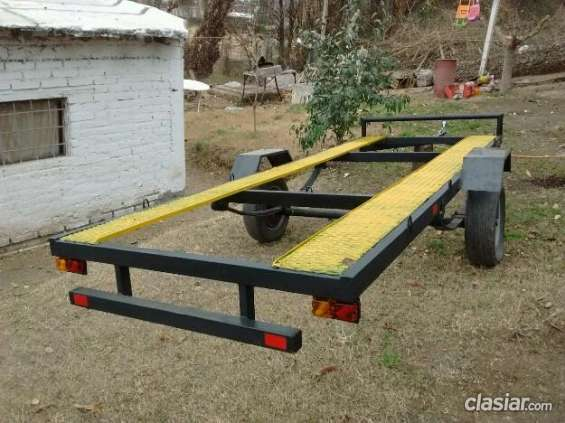 Poco uso vendo trailer para 2 cuatri muy bien cuidado.