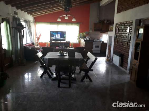 Fotos de Dueño vende casa en guaymallén barrio privado 1000mtrs. 6