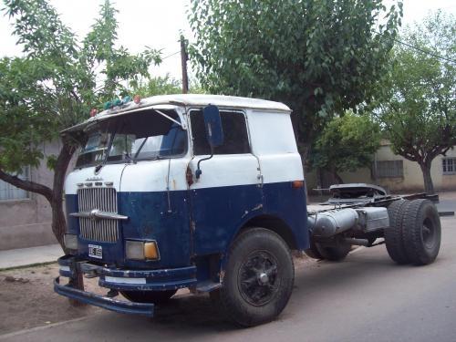 Vendo camion skoda mod 65 mecanica original