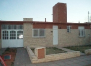DUEÑO VENDE CASA IMPECABLE EN BARRIO SOEVA NORTE