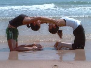 Clases en dupla de hatha yoga en caballito en Capital Federal ... f84db465472f