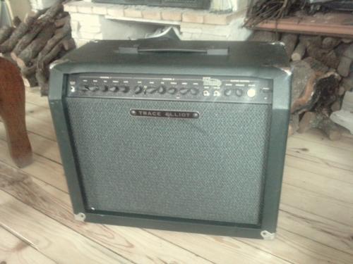 Amplificador para guitarra trace elliot super tramp 80 w.