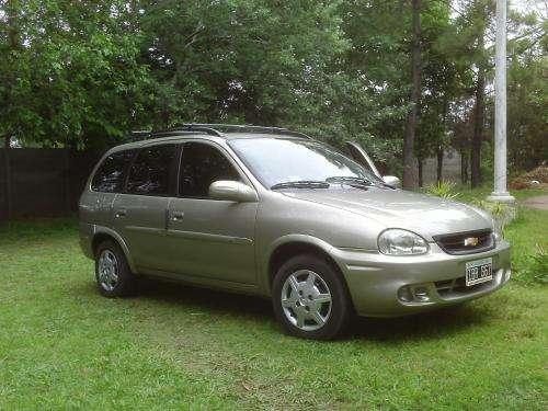 Vendo auto familiar chevrolet corsa woogon 2009