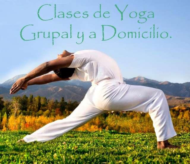 Clases de yoga grupal y a domicilio.