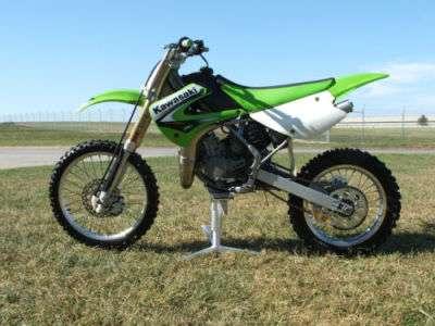 Kawasaki kx. seminueva. vende dugari motors.