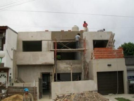 Construimos, remodelamos o reparamos su hogar