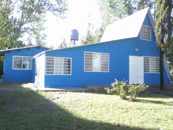 Alquilo casa el nihuil club de pescadores 50 mts lago enero/feb/marz