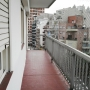 Balcón corrido con protección