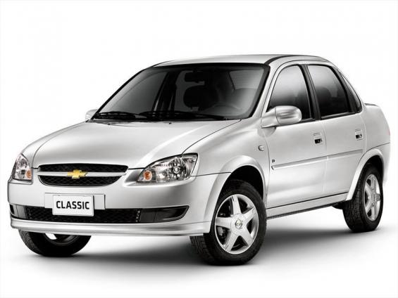 Chevrolet classic 4 puertas con baul aa/dh