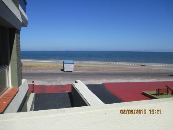 Punta del este apartamento frente al mar