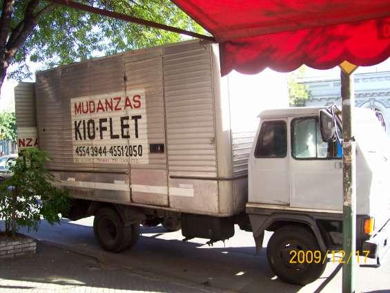 Mudanzas economica con camion operarios y canastos 1554202582