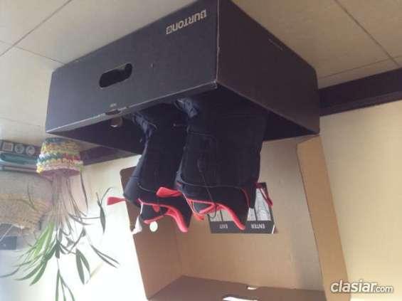 Impecable botas snowboard burton 2014 nuevas en caja escucho oferta.
