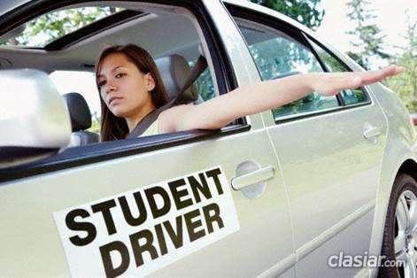 Se ofrece enseño a manejar instructor de manejo el precio mas bajo.