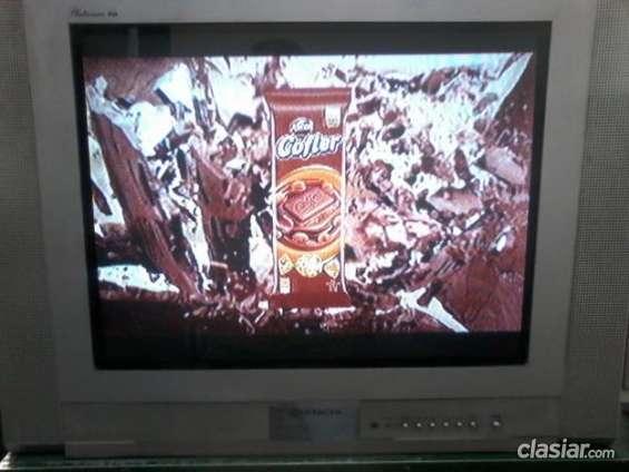 Vendo primer oferta razonable vendo televisor hitachi 29 real flat superestereo excelente precio.