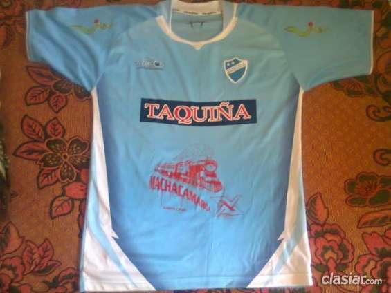 Por viaje vendo camisetas de futbol bolivar y auroracapital (espero tu oferta).