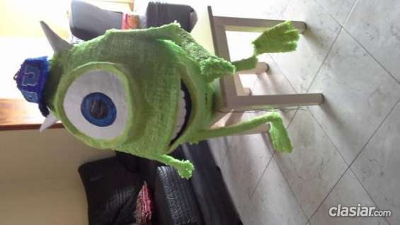 Hoy vendo piñata mike wazowski monster university urgente.