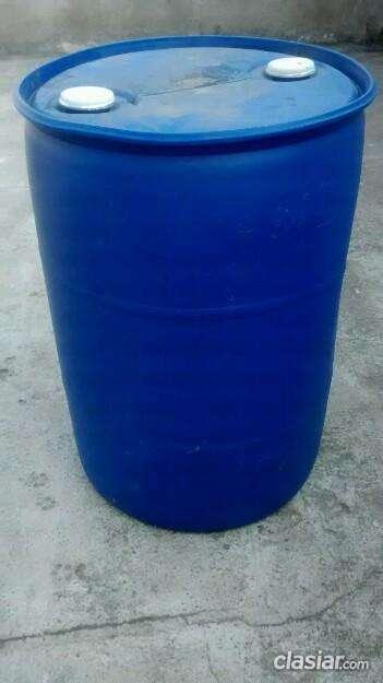 Consulta por vendo tacho de 200 litros azul el precio mas bajo.