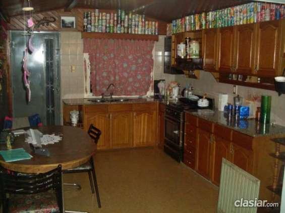 Tengo en oferta casa amplia muy buena toda de ladrillos a buen precio.