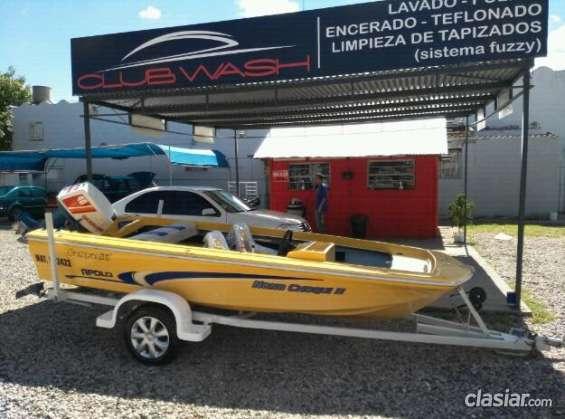 Casi nuevo lancha bote apolo 2013 con suzuki 40 hp en excelente estado.