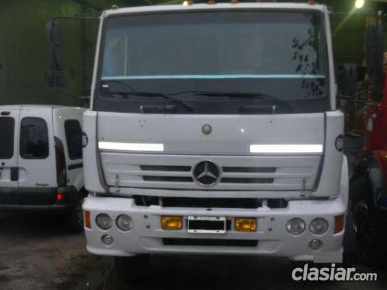 Mercedes benz 1214 modelo 2000 tractor