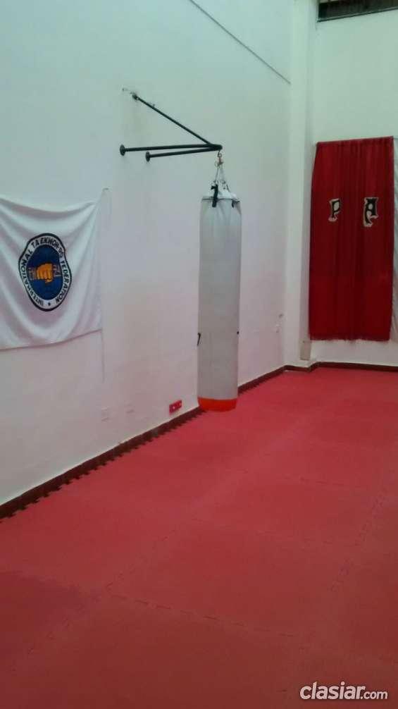 Alquiler salas artes marciales,gimnasia,aeróbic,pilates,etc.
