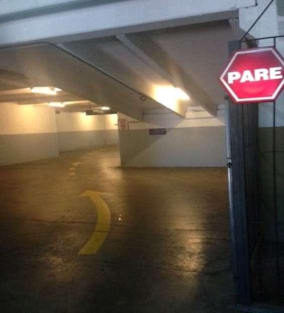 Garages de estacionamiento en venta. en el centro de montevideo. excelentes